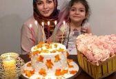 جشن تولد آزاده نامداری با کیک  ۹۹/۹/۹+عکس