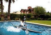 تمرین عجیب یک قایقران در خانه! +عکس